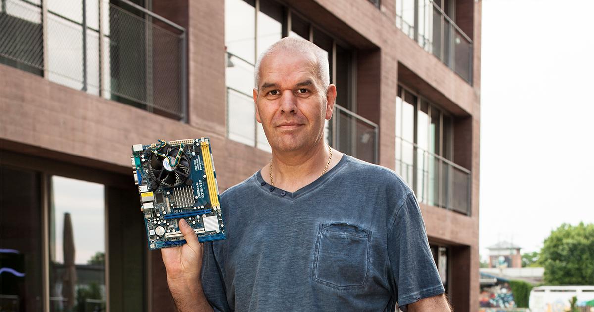Salvatore Ascione von S.D. Computer-Service Mannheim. Gegründet 2018 mit Unterstützung von Pro Social Business e.V.